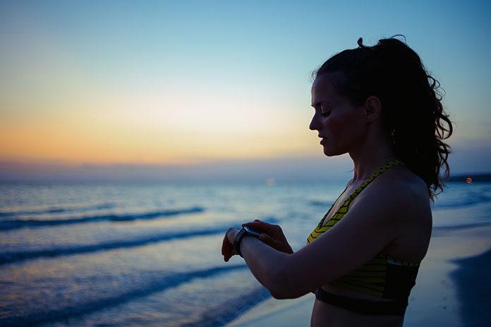 Kobiecy czasomierz Casio sportowy – nie tylko na siłownię