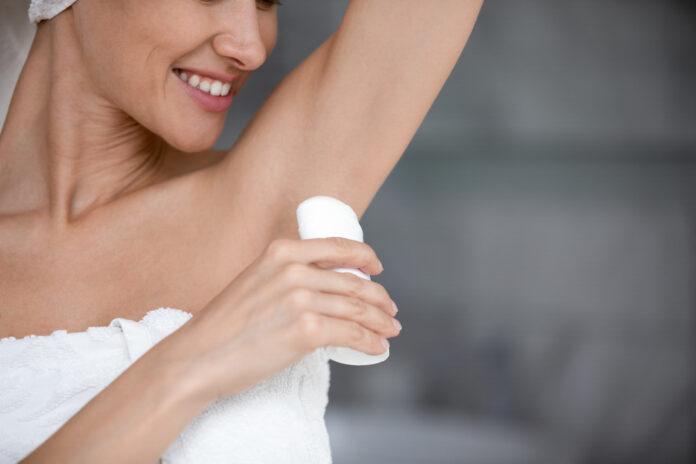 Antyperspirant to coś innego, niż dezodorant?