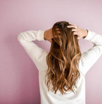 Przedłużanie włosów przy wykorzystaniu keratyny